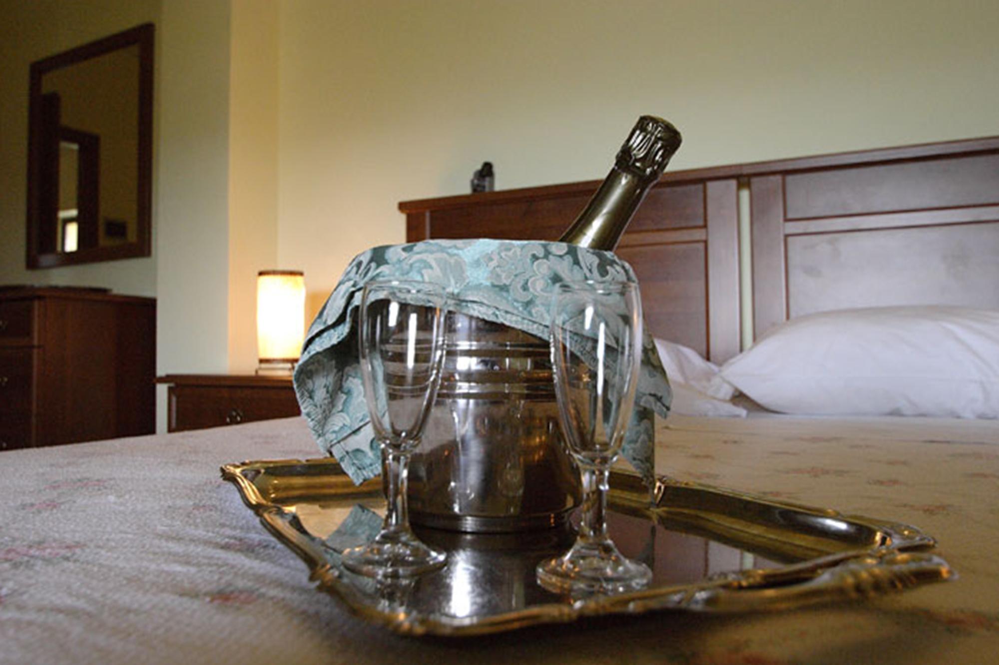 la-villa-del-colle-ristorante-albergo-hotel-monte-san-giovanni-campano-frosinone-cerimonie-matrimonio-torta